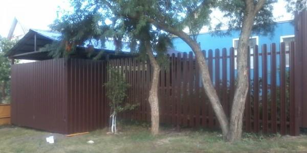 Забор из металлоштакетника - 67