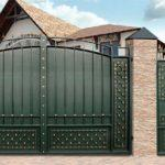 Кованные ворота зеленые