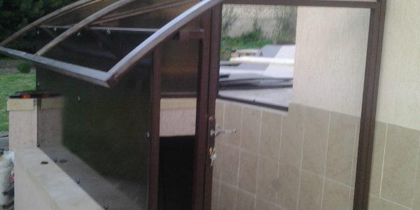 Навес над входов в цокольный этаж - 6
