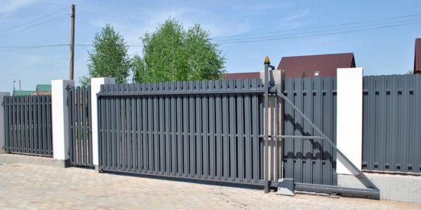 Откатные ворота из евроштакетника в Воронеже