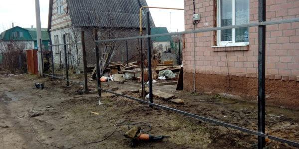 Забор из профлиста в Медовке