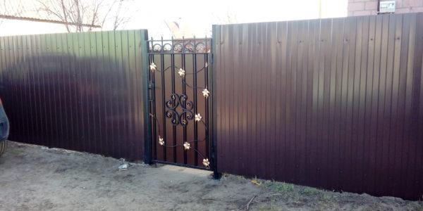 Ворота и калитка в Медовке