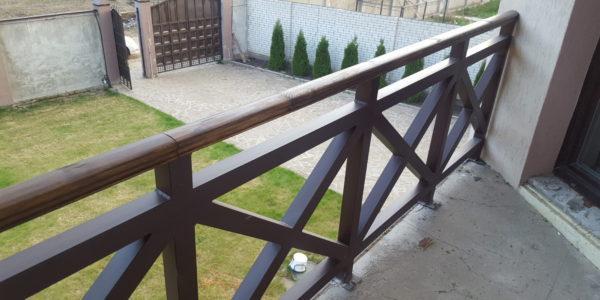 Ограждение для балкона коттеджа - 10