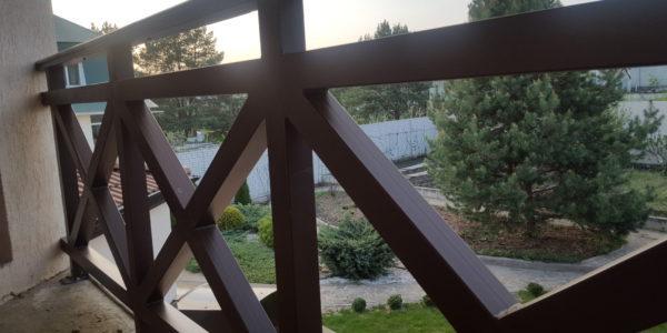 Ограждение для балкона коттеджа - 12