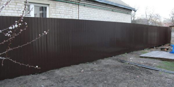 Забор из профнастила в Воронеже - 2