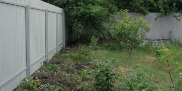 Забор на участке - 26