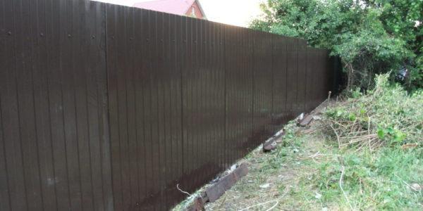 Забор на участке - 28