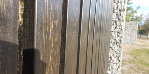 Забор из габионов с деревянными элементами - 34
