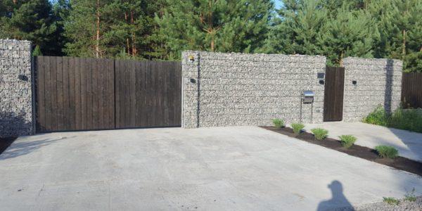 Забор из габионов с деревянными элементами - 5