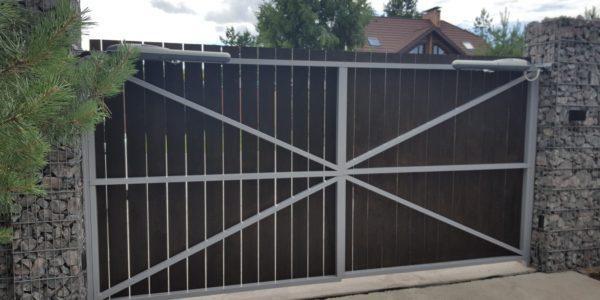 Забор из габионов с деревянными элементами - 17