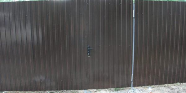 Забор из металлического штакетника П-образного - 2