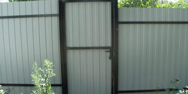 Входная калитка с забором с внутренней стороны - 5