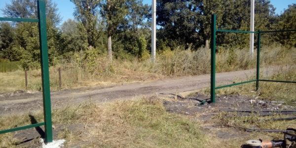 Забор из профнастила в селе Парусное - 11