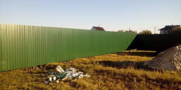 Забор из профнастила в селе Парусное - 16