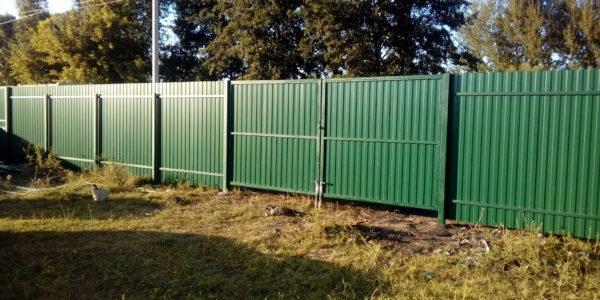 Забор из профнастила в селе Парусное - 18
