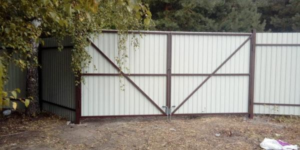 Забор для дачи - вид изнутри