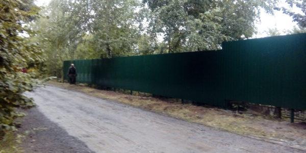 Забор из профнастила ral8017 в Воронеже - 22
