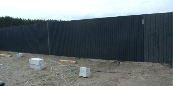 Забор на участке - 32
