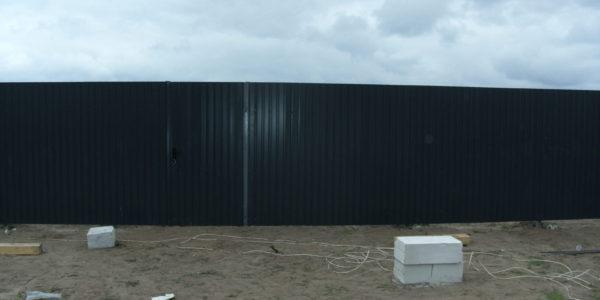 Забор на участке - 27