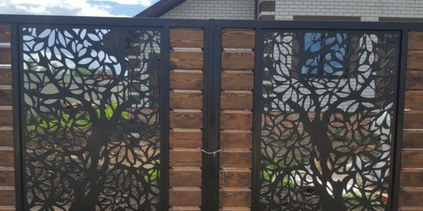 Забор из лиственницы с элементами лазерной резки - 8