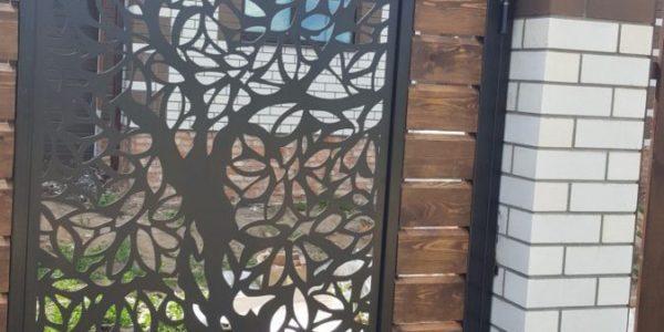 Забор из лиственницы с элементами лазерной резки - 5