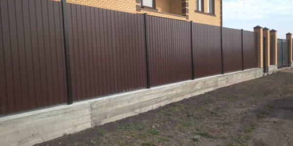 Профнастил 8017 забор