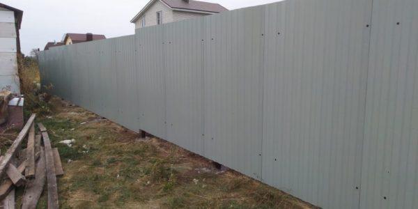 Забор на участке - 23