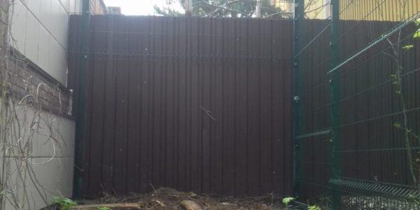 Забор на участке - 21