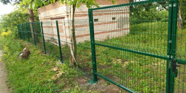 Забор из профлиста и 3D сетки - 5