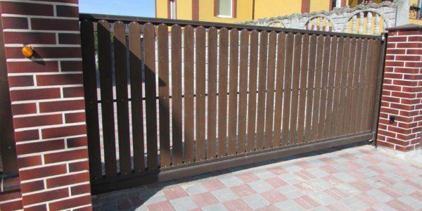 откатные ворота для участка