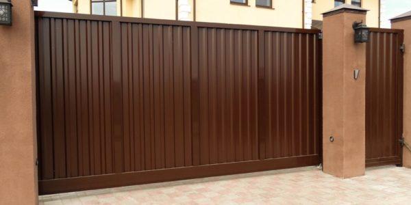 заказ откатных ворот в воронеже на участке