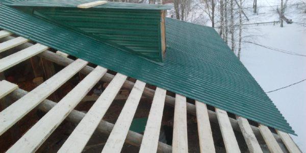 стоимость перекрытия крыши профнастилом за квадратный метр